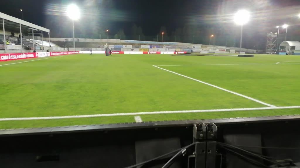 Seis graus e um relvado assim esperam o Benfica em Paredes