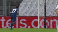 Sérgio Oliveira faz o segundo do FC Porto de penálti