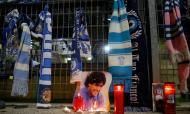 Nápoles chora a morte de Maradona (AP)
