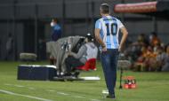 Renato Gaúcho usa camisola de Maradona no jogo da Libertadores entre o Guarani e o Grémio