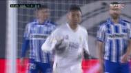 Casemiro aproveita canto e reduz para o Real Madrid