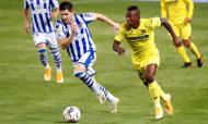 Real Sociedad-Villarreal: lance entre Igor Zubeldia e Pervis Estupiñán (Juan Herrero/EPA)