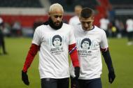 Homenagem dos jogadores do PSG a Maradona  (foto AP)