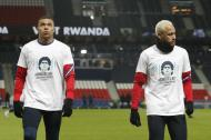 Momentos do futebol internacional 2020: homenagem dos jogadores do PSG a Maradona