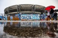 Momentos do futebol internacional 2020: San Paolo despediu-se de Maradona