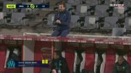 Villas-Boas foi expulso e teve de ser acalmado por Ricardo Carvalho