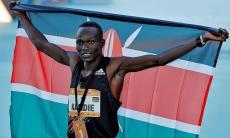 Queniano Kibiwott Kandie bate recorde mundial da meia maratona