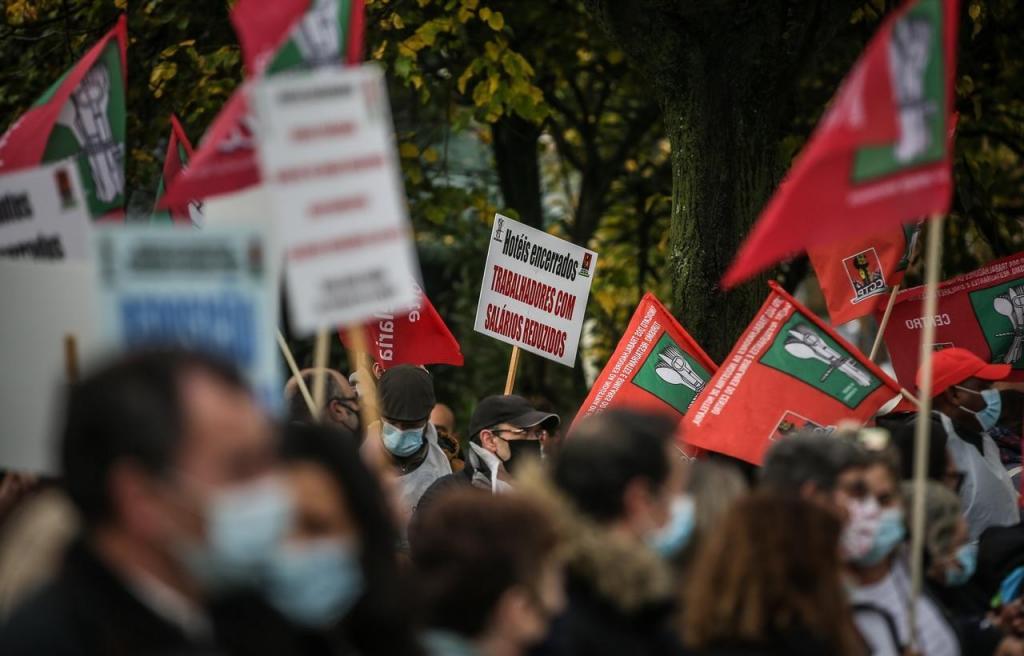Trabalhadores da restauração manifestam-se em Lisboa