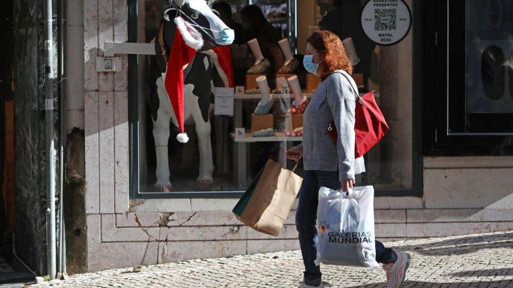 Compras de Natal na baixa de Lisboa