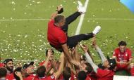 Hansi Flick. E o que dizer do ano de Hansi Flick? Em novembro de 2019, quando sucedeu de forma interina a Niko Kovac no comando técnico do Bayern Munique, poucos o conheciam. Agora, causou polémica a sua não eleição como treinador do ano nos prémios The Best. Guiou o Bayern a um ano sensacional, com quatro títulos, e, mais do que isso, transformou os bávaros numa máquina de bom futebol e de golos.
