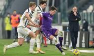 As imagens do embate entre Juventus e Fiorentina (fotos EPA/ALESSANDRO DI MARCO)