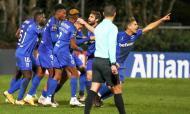Taça: Belenenses-Sp. Espinho, azuis festejam um dos três golos (Manuel de Almeida/LUSA)