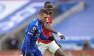 Jamie Vardy e Eric Bailly no Leicester-Man. United (EPA)