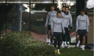 Jesus com duas novidades no primeiro treino de 2021 (fotos: SL Benfica)