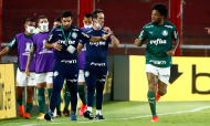 Palmeiras, de Abel Ferreira, festeja golo de Luis Adriano na meia-final da Libertadores ante o River Plate (Marcos Brindicci/AP)