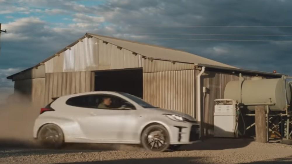 Anúncio da Toyota na Austrália (Reprodução Youtube)