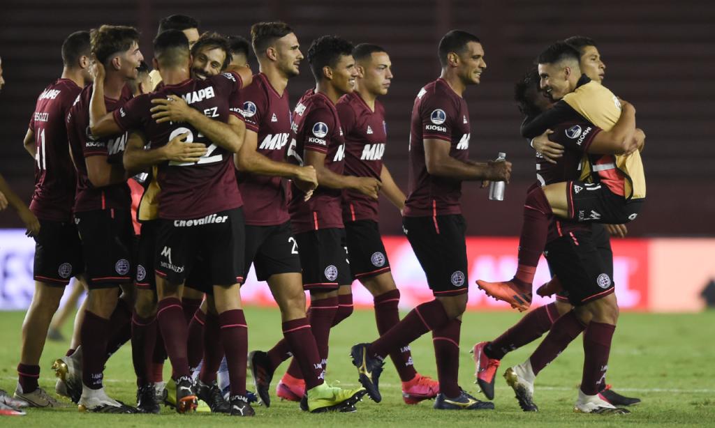 Lanús qualifica-se para a final da Taça sul-americana (Marcelo Endelli/AP)
