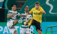 Pedro Porro e Guga em duelo no Sporting-Rio Ave (António Cotrim/LUSA)