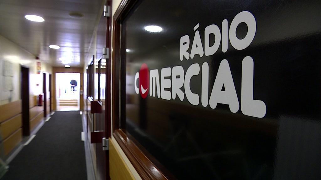 Rádios obrigadas a aumentar para 30% a emissão de música portuguesa