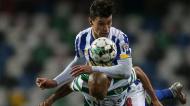 Taça da Liga: Sporting-FC Porto, duelo aéreo entre Uribe e João Mário (Paulo Cunha/LUSA)