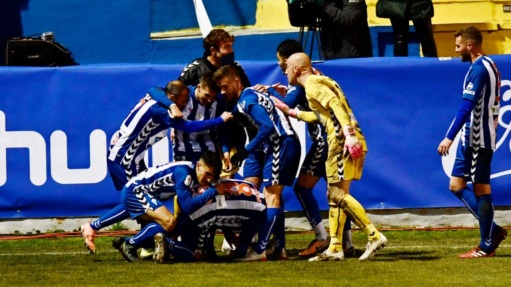 Alcoyano elimina Real Madrid da Taça do Rei de Espanha (Jose Bretón/AP)