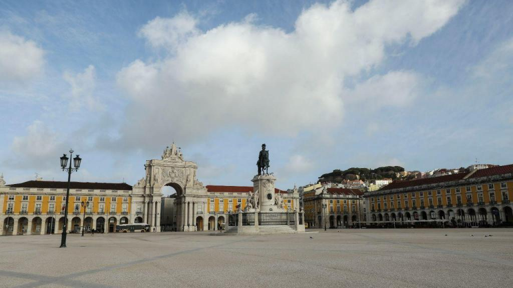 Lisboa deserta no primeiro dia do encerramento de escolas