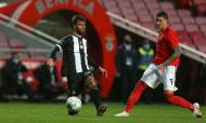 Benfica-Nacional: Darwin e Rui Correia (Manuel de Almeida/LUSA)