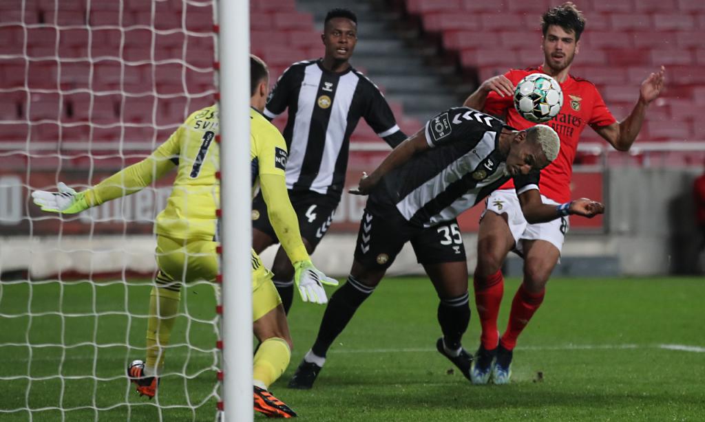 Bryan Rochez fez o 1-1 no Benfica-Nacional (Manuel de Almeida/LUSA)