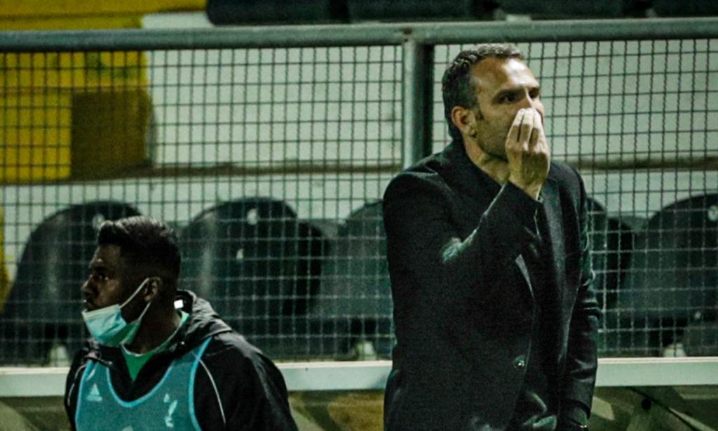 Sérgio Vieira no Farense-FC Porto (LUSA)