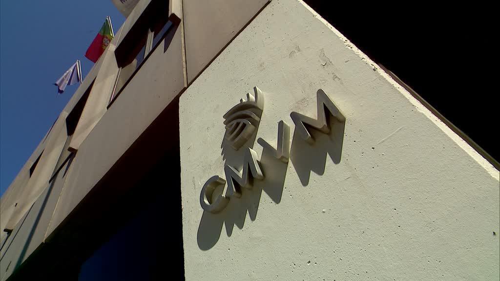CMVM aplica quase 4 milhões de euros em multas