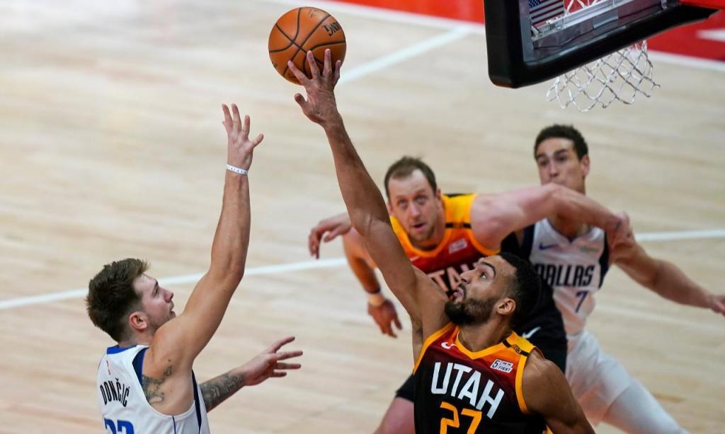 Utah Jazz-Dallas Mavericks (AP Photo/Rick Bowmer)