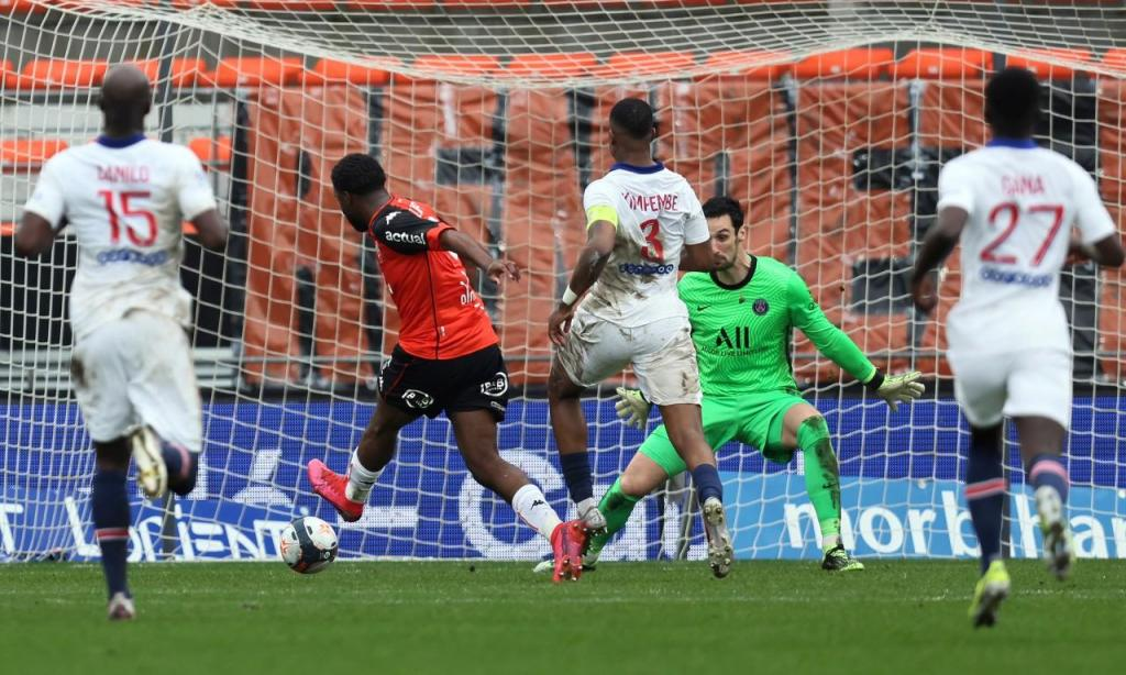 Lorient-PSG (AP Photo/David Vincent)