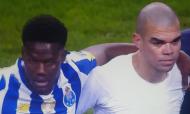 Pepe e Loum na roda após o FC Porto-Rio Ave