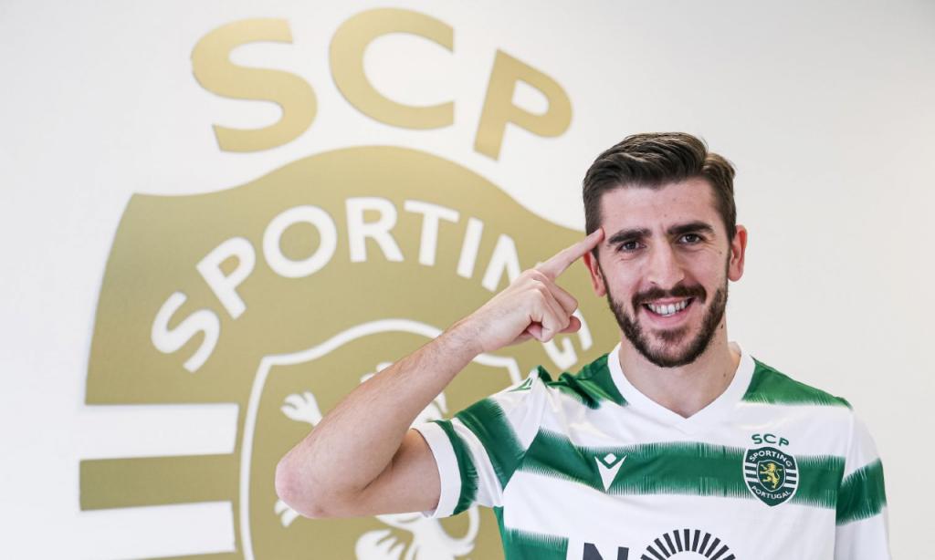 Paulinho apresentado no Sporting (Sporting CP)