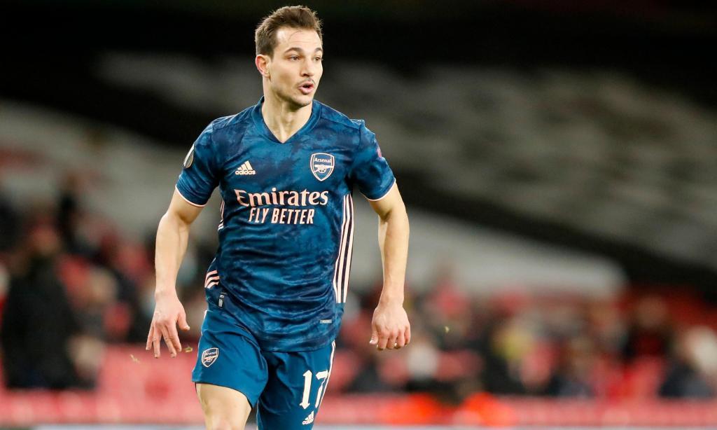 Cédric Soares no Arsenal (AP)