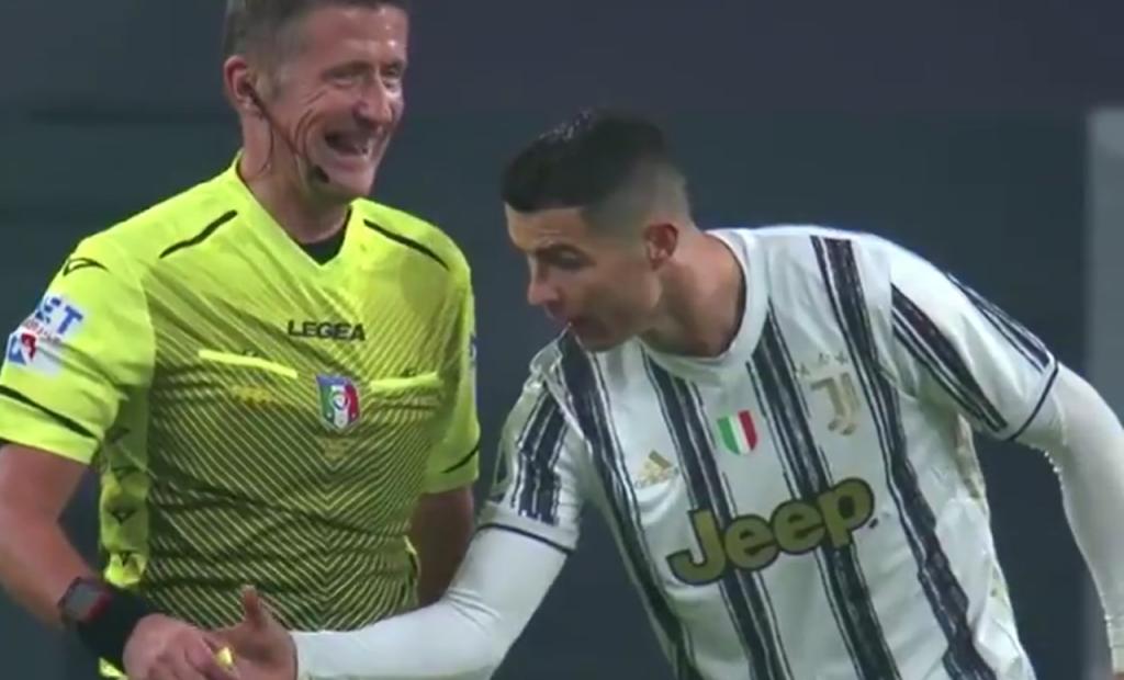 Daniele Orsato e Ronaldo no Juventus-Roma