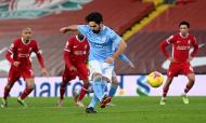 Gundogan desperdiça penálti no Liverpool-Manchester City (Laurence Griffiths/AP)