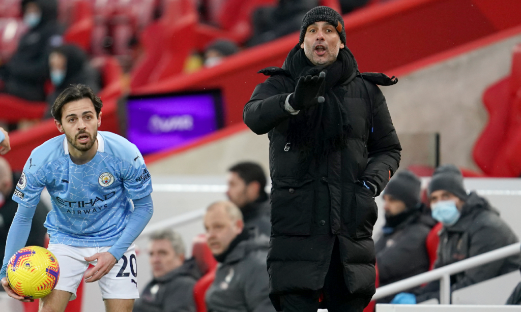 Pep Guardiola e Bernardo Silva no Liverpool-Manchester City (Jon Super/AP)