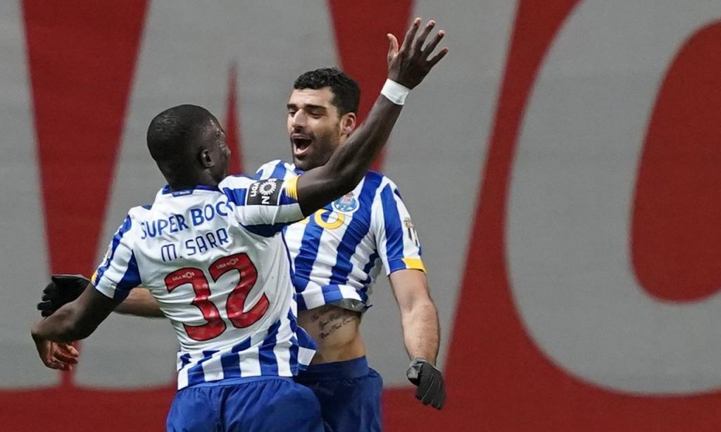Taremi festeja o segundo golo do FC Porto em Braga (Hugo Delgado/LUSA)