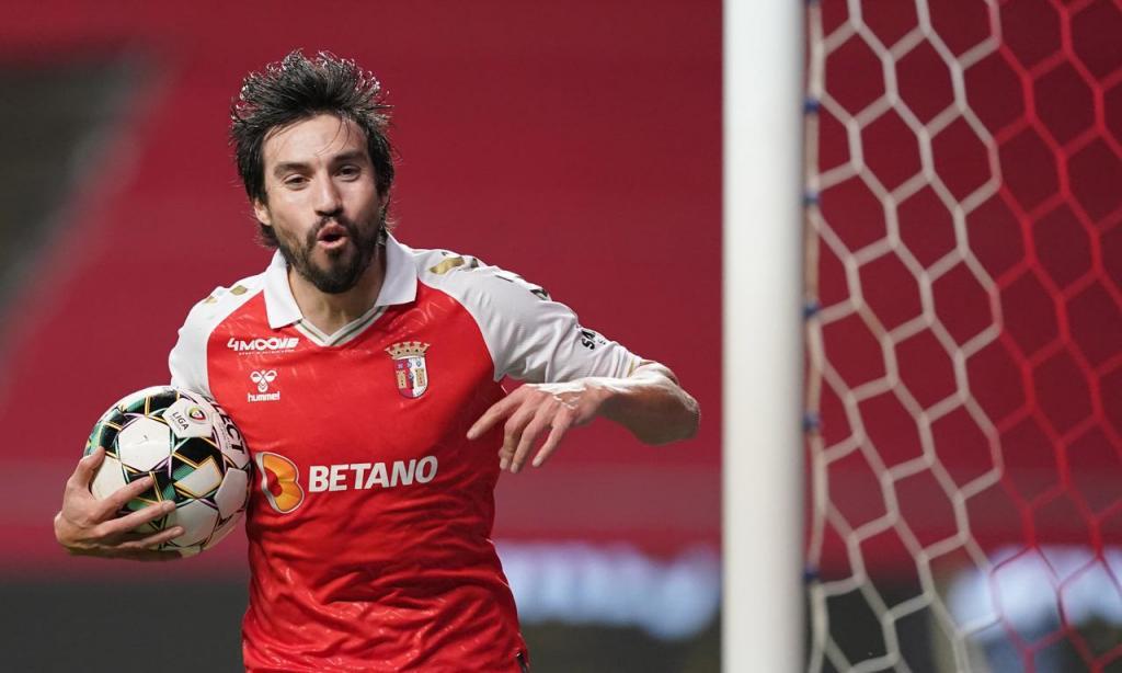 Gaitán festeja o 2-2 final no Sp. Braga-FC Porto (Hugo Delgado/LUSA)