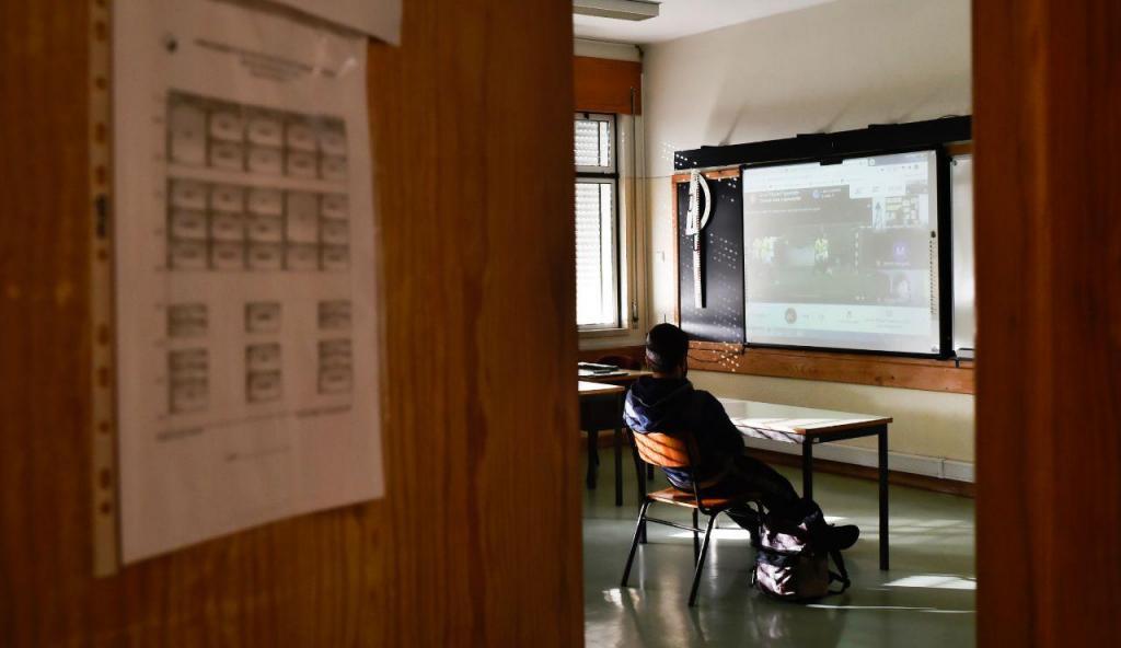 Regresso às aulas em confinamento