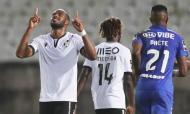 Óscar Estupiñán festeja o golo no Belenenses-Vitória Guimarães (Tiago Petinga/LUSA)
