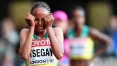 Gudaf Tsegay bate recorde do mundo dos 1.500 metros em pista coberta