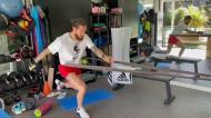 Operado ao joelho há nove dias, Sergio Ramos mostra a recuperação