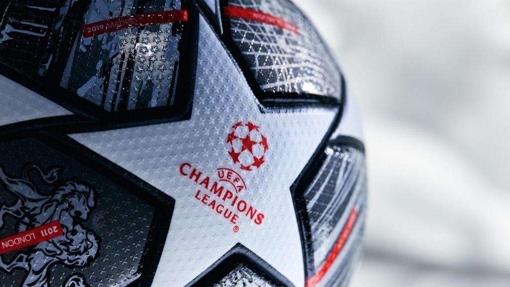 Bola Champions