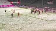 Bielefeld chega ao 2-0 em casa do Bayern em noite muito branca