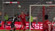 Parece fácil! Grande golo de Lewandowski aproxima no Bayern
