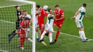 Luuk de Jong ainda marcou, mas o Sevilha não evitou a derrota em Elche (Manuel Lorenzo/EPA)