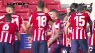 Suárez dá vantagem ao Atlético no dérbi de Madrid com finalização genial