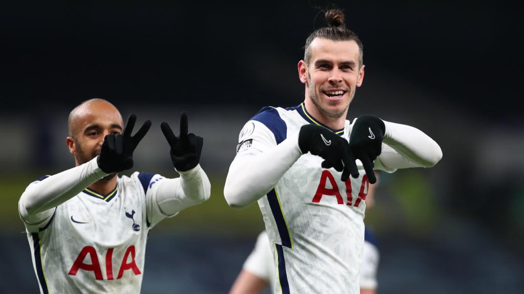 Gareth Bale e Lucas Moura festejam o 1-0 no Tottenham-Crystal Palace (Clive Rose/EPA)